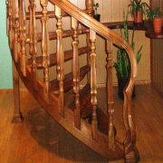 Дизайнерская дубовая лестница